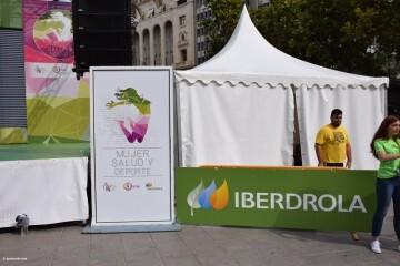 Tour Mujer, Salud y Deporte en la plaza del Ayuntamiento de València (2)