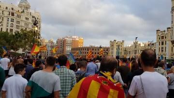 Una manifestación nacionalista del 9 de Octubre en Valencia con tensión (103) (Medium)