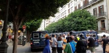 Una manifestación nacionalista del 9 de Octubre en Valencia con tensión (116) (Medium)