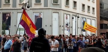 Una manifestación nacionalista del 9 de Octubre en Valencia con tensión (127) (Medium)