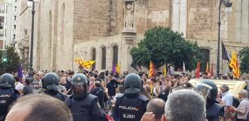 Una manifestación nacionalista del 9 de Octubre en Valencia con tensión (13) (Medium)