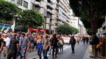 Una manifestación nacionalista del 9 de Octubre en Valencia con tensión (131) (Medium)