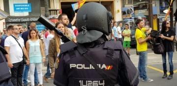 Una manifestación nacionalista del 9 de Octubre en Valencia con tensión (39) (Medium)