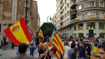 Una manifestación nacionalista del 9 de Octubre en Valencia con tensión (40) (Medium)