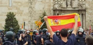 Una manifestación nacionalista del 9 de Octubre en Valencia con tensión (75) (Medium)