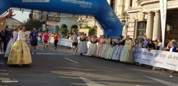 VIII Volta a Peu de les Falles Runners Ciutat de València 20171015_083752 (151)