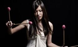 Yuhan Su actúa en el VII Festival de Jazz Conteporáneo del Jimmy Glass.