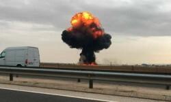Imagen de la columna de humo y fuego que se ha producido tras el accidente del F-18.TVE