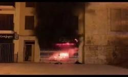 Tres viviendas han sido desalojadas esta madrugada en la localidad valenciana de Llíria a causa de un incendio