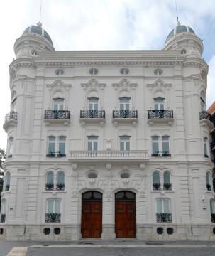 5. Centro Cultural Bancaja VI