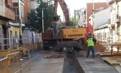 Aigües de l'Horta y el Ayuntamiento de Torrent renuevan la red de alcantarillado en la calle Constitución.