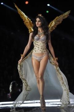 El desfile de Victoria's Secret 2017 ha trasladado su pasarela por primera vez a Shanghái (10)