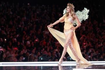 El desfile de Victoria's Secret 2017 ha trasladado su pasarela por primera vez a Shanghái (44)