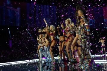 El desfile de Victoria's Secret 2017 ha trasladado su pasarela por primera vez a Shanghái (5)