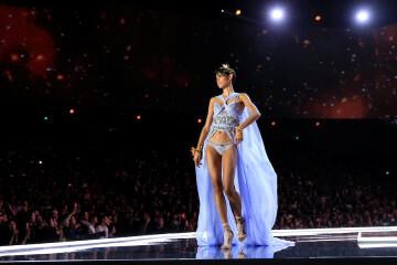 El desfile de Victoria's Secret 2017 ha trasladado su pasarela por primera vez a Shanghái (57)