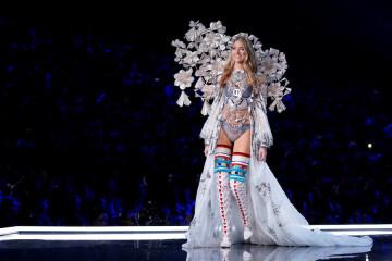 El desfile de Victoria's Secret 2017 ha trasladado su pasarela por primera vez a Shanghái (6)