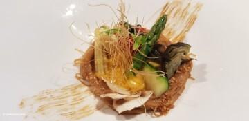 Ensalada de fideos de arroz, verduras de temporada y vinagreta de sésamo tostado Nou Raco20171123_151043 (28)