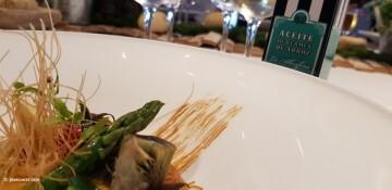 Ensalada de fideos de arroz, verduras de temporada y vinagreta de sésamo tostado Nou Raco20171123_151043 (30)