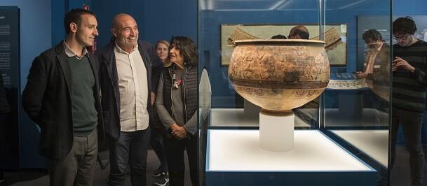 Exposición 'L'enigma del vas'.
