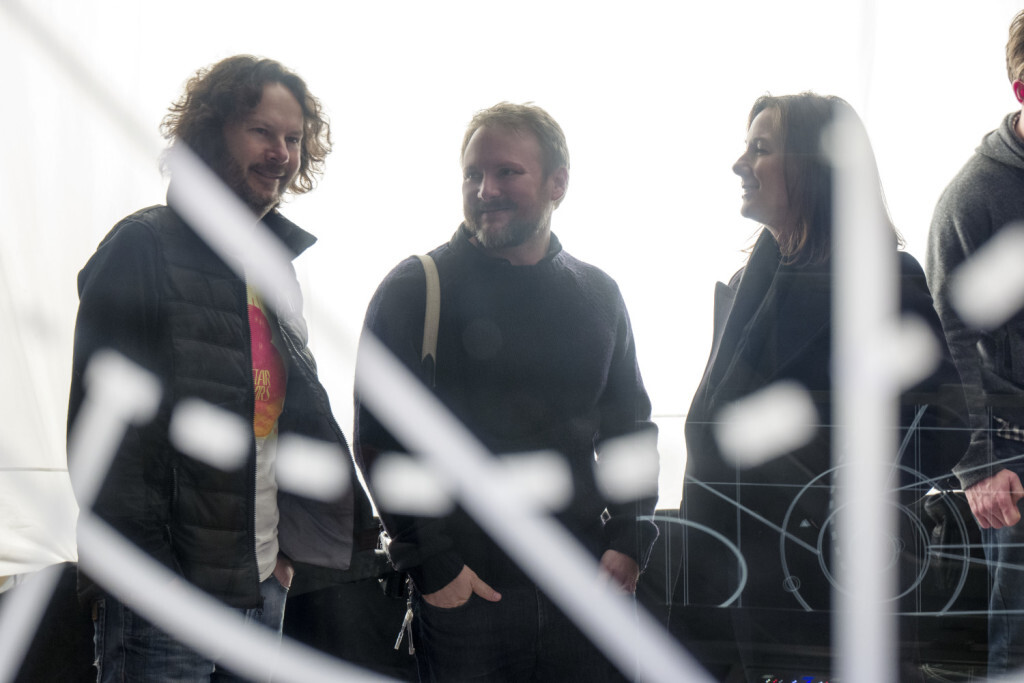 Star Wars: The Last Jedi..L to R: Producer Ram Bergman, Director Rian Johnson, and Producer Kathleen Kennedy on set. ..Photo: David James..©2017 Lucasfilm Ltd. All Rights Reserved.