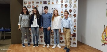 La Seu-Xerea-El Mercat celebró la merienda de relevos infantiles (34)