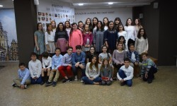 La Seu-Xerea-El Mercat celebró la merienda de relevos infantiles (95)