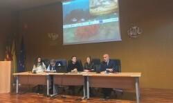 Maite Girau inaugura un encuentro internacional sobre las oportunidades de los arrecifes artificiales recreativos.
