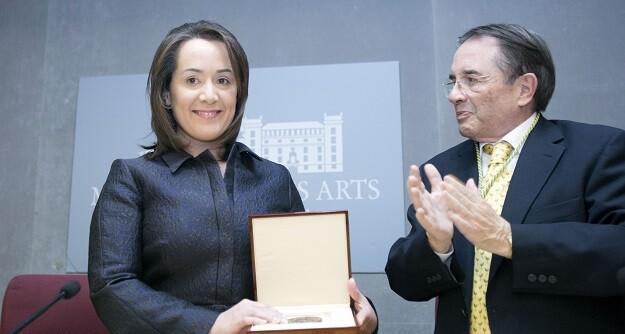 Medalla al Palau de Real Academa de Bellas Artes de San Carlos.