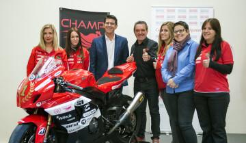 Recepción Champiwomen Racing foto_Abulaila (4)