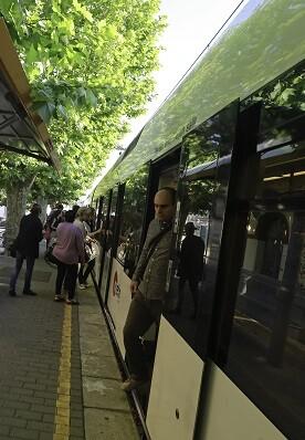 Viajeros de Metrovalencia.
