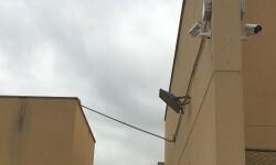El Ayuntamiento sustituye con un sistema de videovigilancia real las cámaras falsas del Centro de Avifauna y Animales Exóticos de Nazaret.