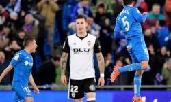 El Getafe se impone al Valencia por la mínima (1-0).