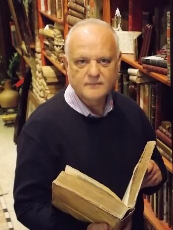 El coleccionista y bibliófilo Rafel Solaz.