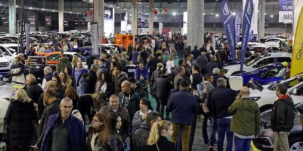 Fin de semana al completo en la Feria del Automóvil de Valencia.
