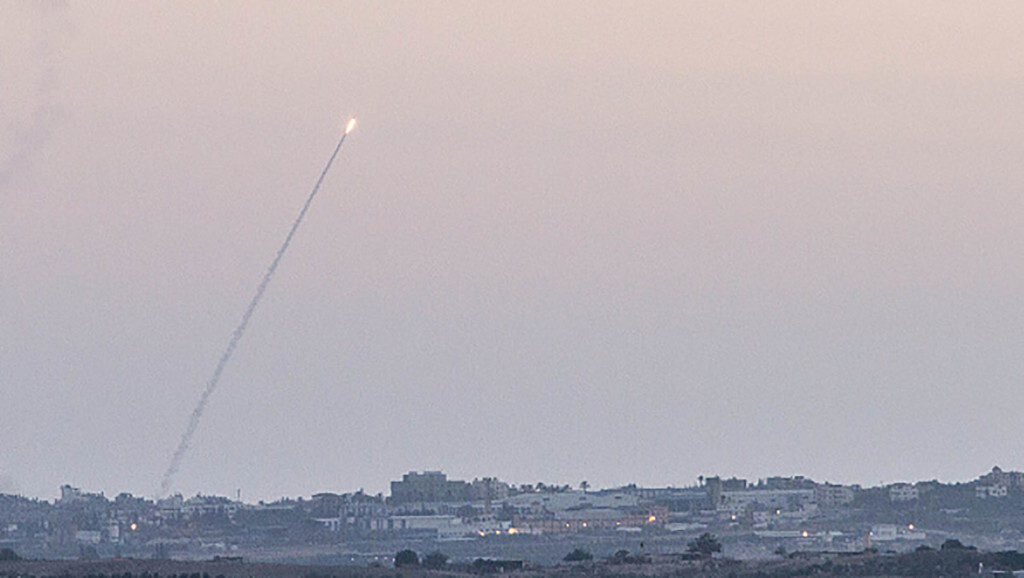 Rockets fired from the northern Gaza Strio to Israel (Photo by Omer Messinger/NurPhoto) (Photo by NurPhoto/Corbis via Getty Images)