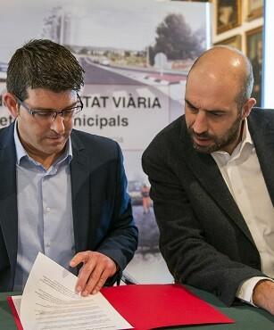 Jorge Rodríguez junto al diputado de Carreteras, Pablo Seguí.