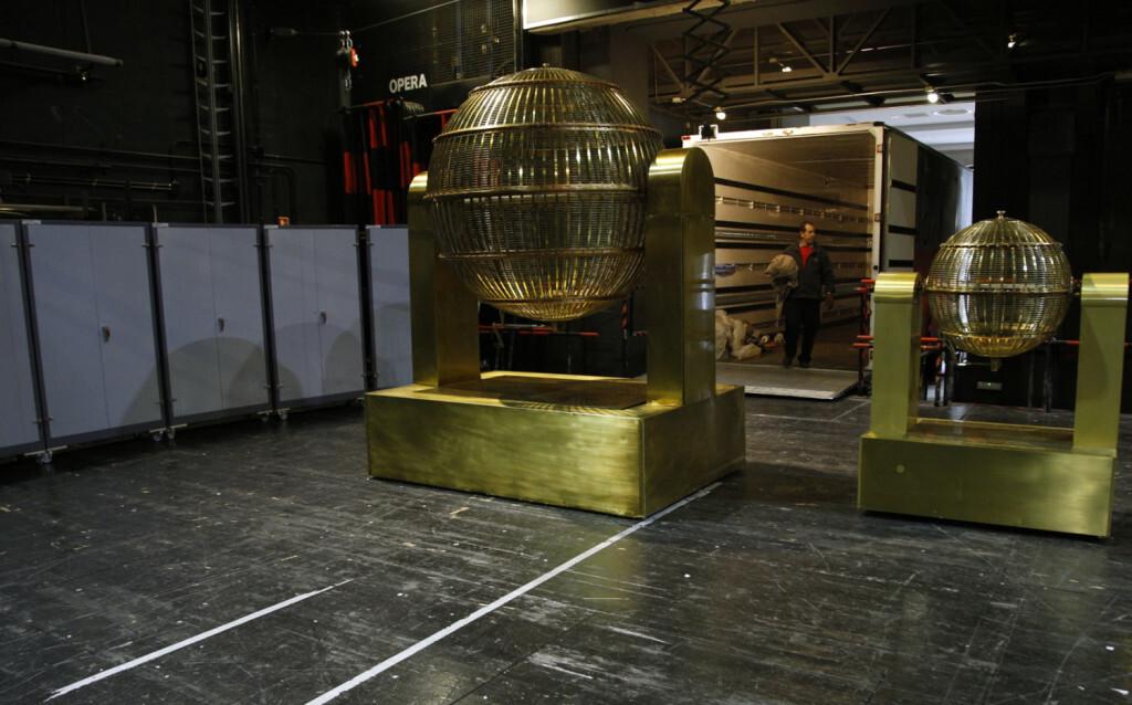 Los bombos del Sorteo Extraordinario de Navidad del viernes 22 ya están en el Teatro Real de Madrid