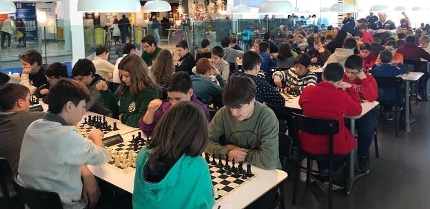 Los participantes llenaron toda la zona destinada al torneo.