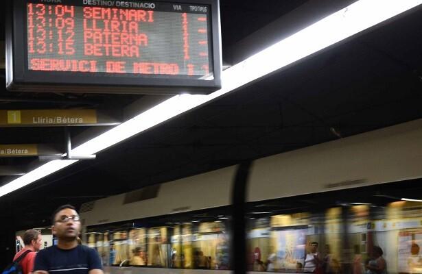 Metrovalencia refuerza las fiestas navideñas con servicios especiales para Expojove y la Cabalgata de Reyes.