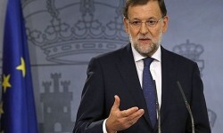 Rajoy rebaja la necesidad de reformar la Carta Magna 'Solo por mayoría no se puede'.