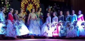 Solemne acto de Presentación exaltacion de las Falleras Mayores de la falla de la Mercé 20171202_204659 (16)