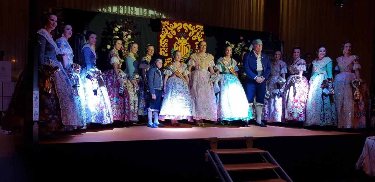 Solemne acto de Presentación exaltacion de las Falleras Mayores de la falla de la Mercé 20171202_204659 (17)