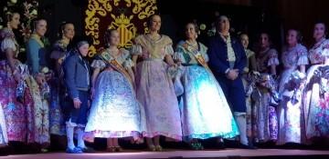 Solemne acto de Presentación exaltacion de las Falleras Mayores de la falla de la Mercé 20171202_204659 (20)