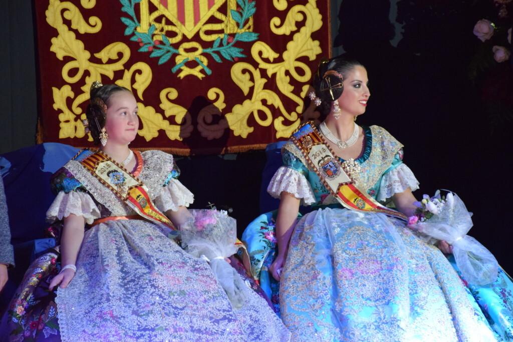 Solemne acto de Presentación exaltacion de las Falleras Mayores de la falla de la Mercé 20171202_204659 (55)