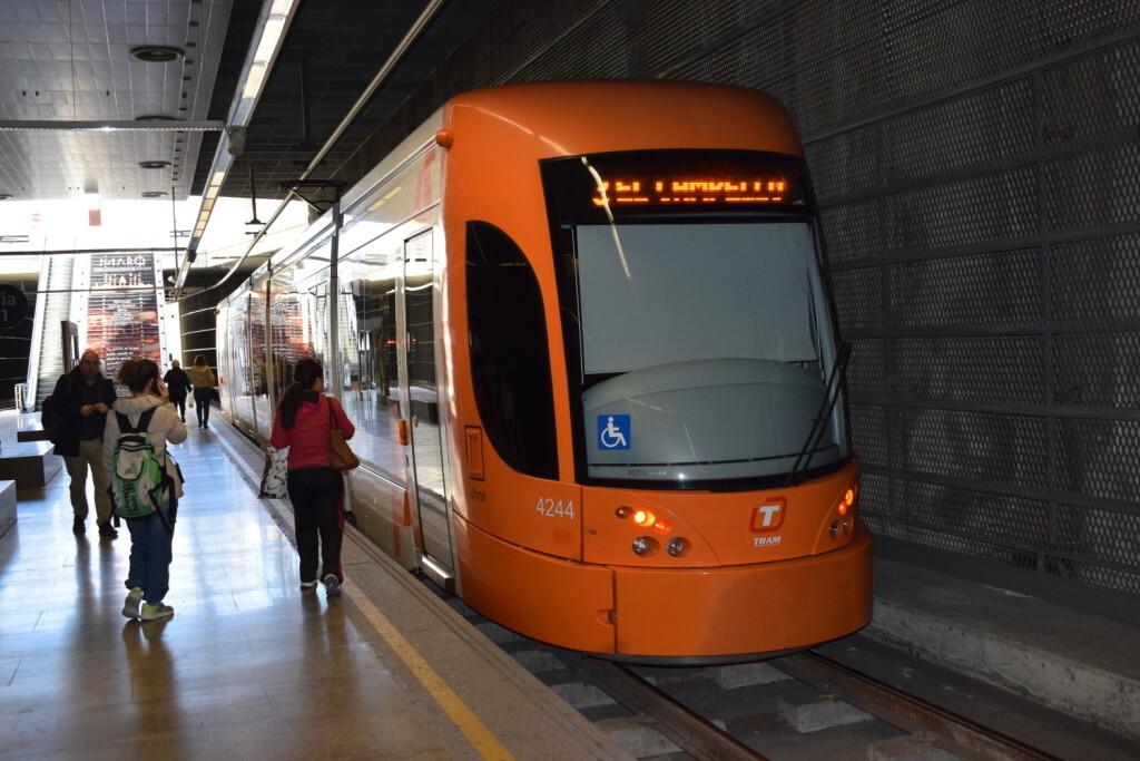 VIV_Tram_d'alacant_ofrece_servicios_FOTO