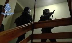Detienen a cuatro personas, tres de ellas en España, por su pertenencia a la organización terrorista DAESH