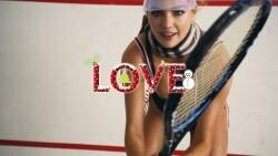 """La polémica campaña """"feminista"""" de la revista Love con modelos al desnudo"""