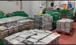 Zoido revela la incautación de casi 6 toneladas de cocaína en Algeciras, con un valor en el mercado de 210 millones
