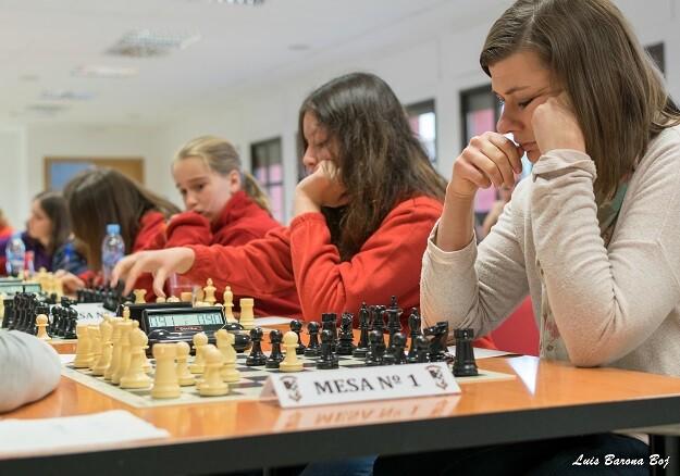 Anna Jasik, Nikole Randazzo y Gabriela Pamos estuvieron en los primeros tableros.