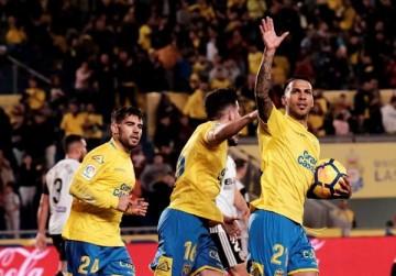 El Valencia pierde frente a Las Palmas (2-1).